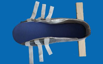 丁字木板鞋